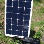suaoki400Whポータブル電源の電源不足を解消するsuaokiの100Wソーラーパネルは充電に最適なアイテム